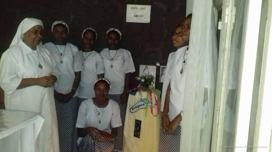 Suore-Buono-Perpetuo-Soccorso-Congo-Casa-Formazione-6