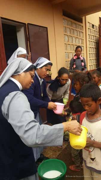 Suore-Buono-Perpetuo-Soccorso-Madagascar-15