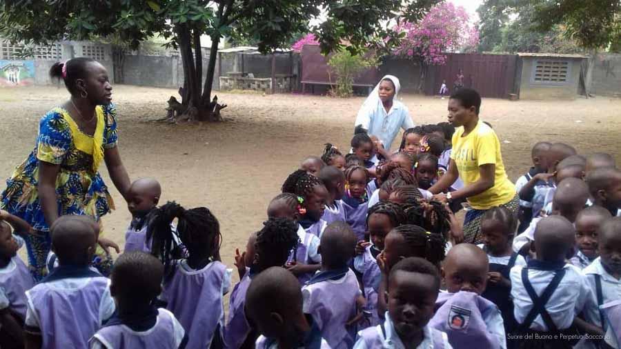 Suore-Buono-Perpetuo-Soccorso-Scuola-Congo-10
