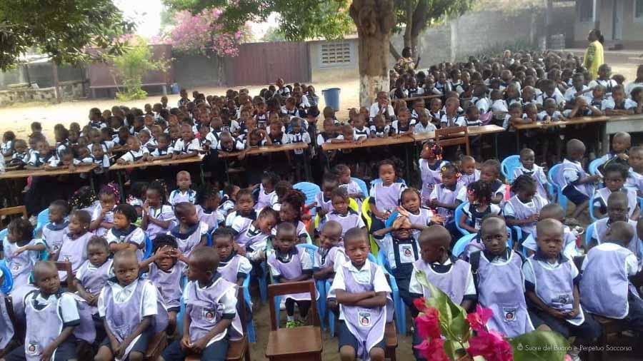 Suore-Buono-Perpetuo-Soccorso-Scuola-Congo-11