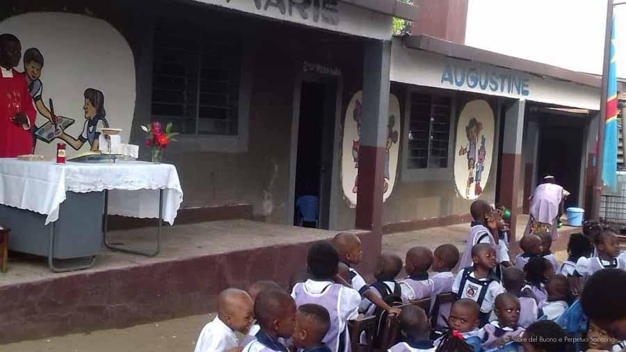 Suore-Buono-Perpetuo-Soccorso-Scuola-Congo-12