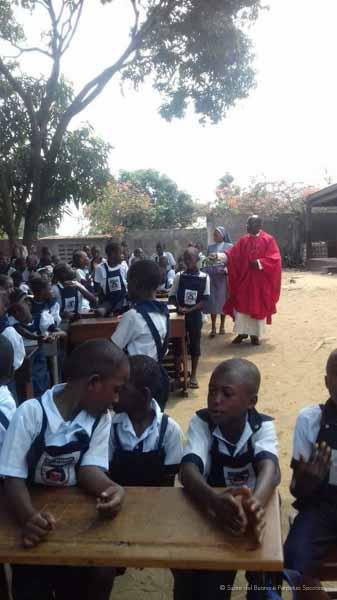 Suore-Buono-Perpetuo-Soccorso-Scuola-Congo-15