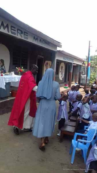 Suore-Buono-Perpetuo-Soccorso-Scuola-Congo-16